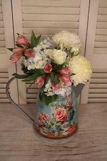 Mom\'s Pitcher