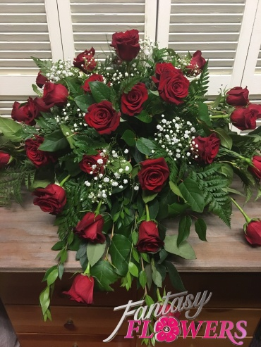 Red Rose Traditional Casket Spray