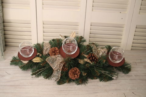 Pine cone centerpiece (sale)